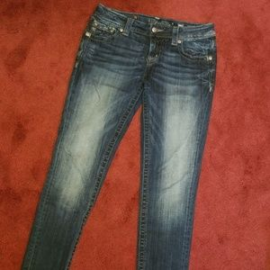 Miss Me skinny jeans size 28